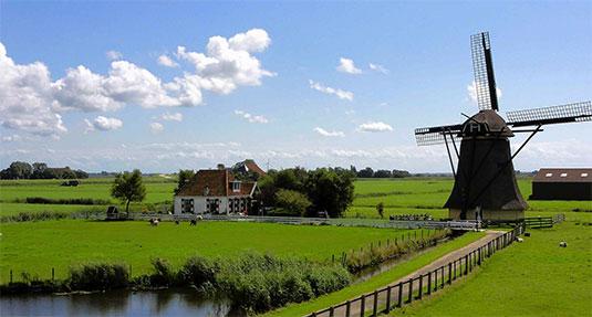 Nederlandse namen zijn nog altijd populair in Nederland.